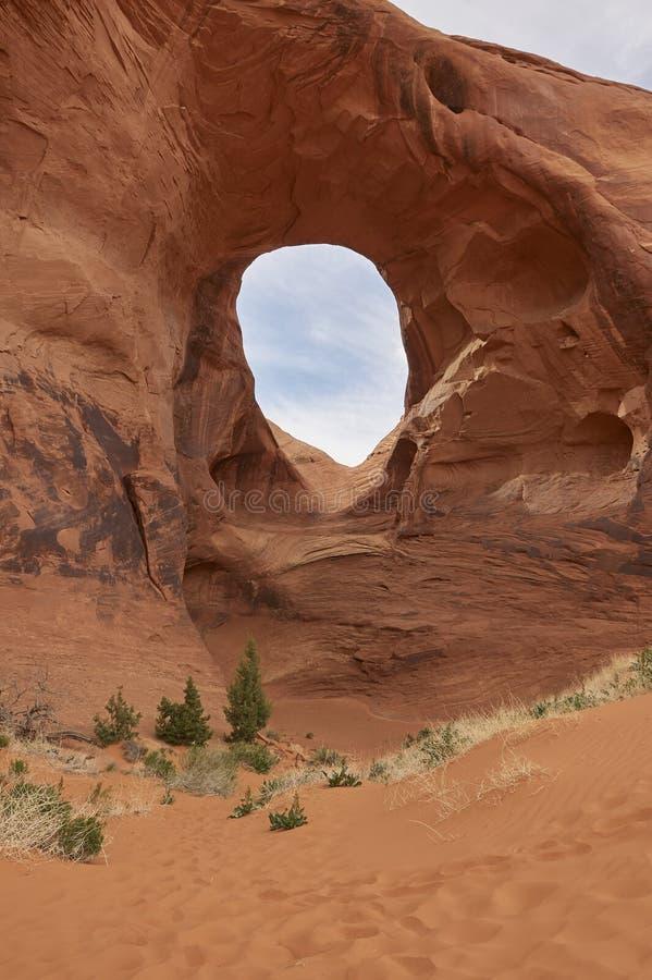 De Woestijn en de rots van Arizona stock afbeelding