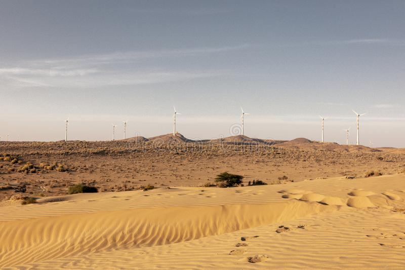 De woestijnlandschap van Thar, mening van de streek van Thar, in Rajasthan royalty-vrije stock afbeeldingen
