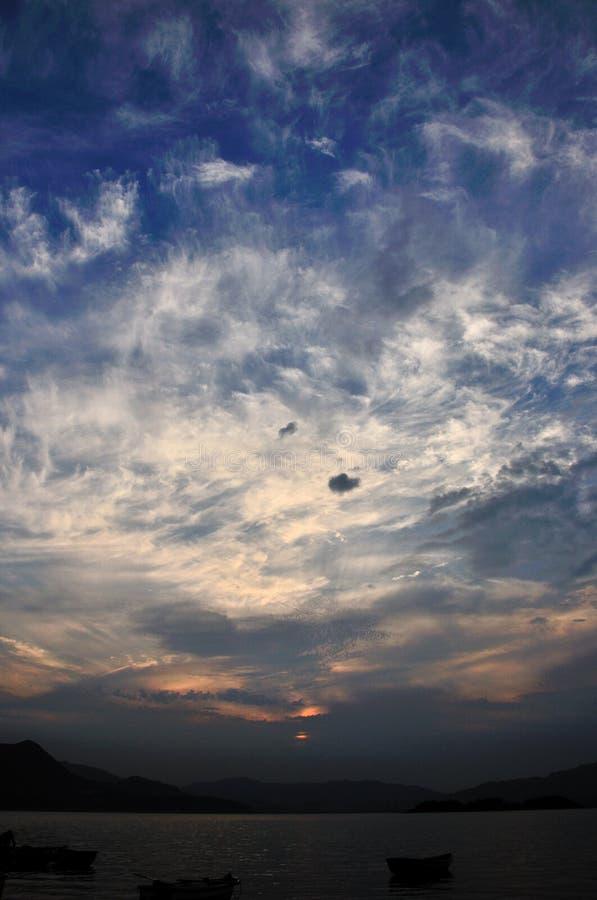De Wolk van de zonsondergang stock fotografie