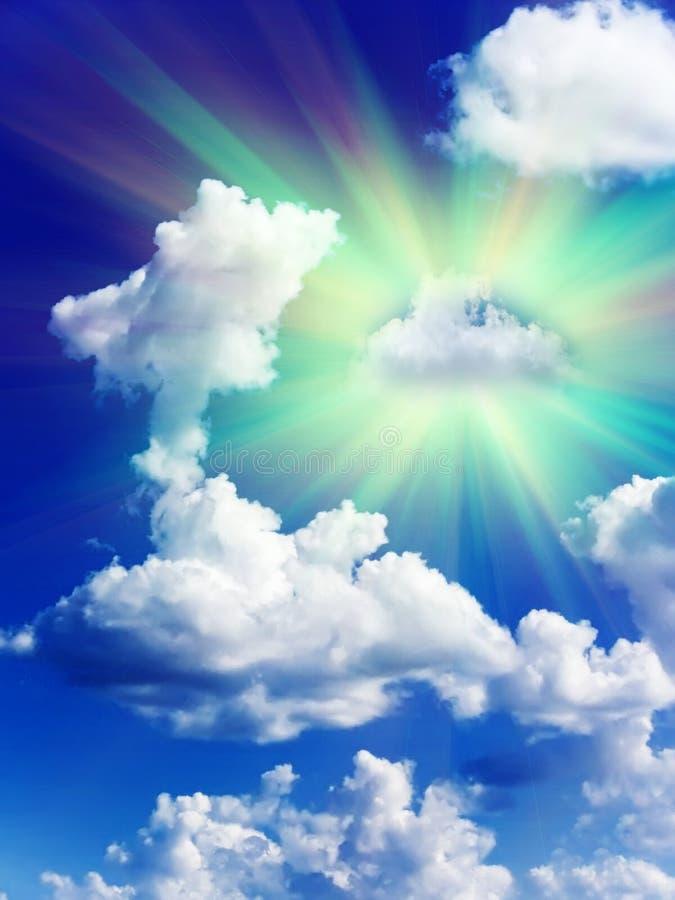 Download De wolkenhemel van de zon stock foto. Afbeelding bestaande uit naughty - 10777296