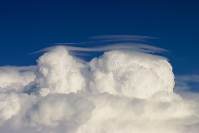 De wolkenkap van de cumulus royalty-vrije stock afbeeldingen