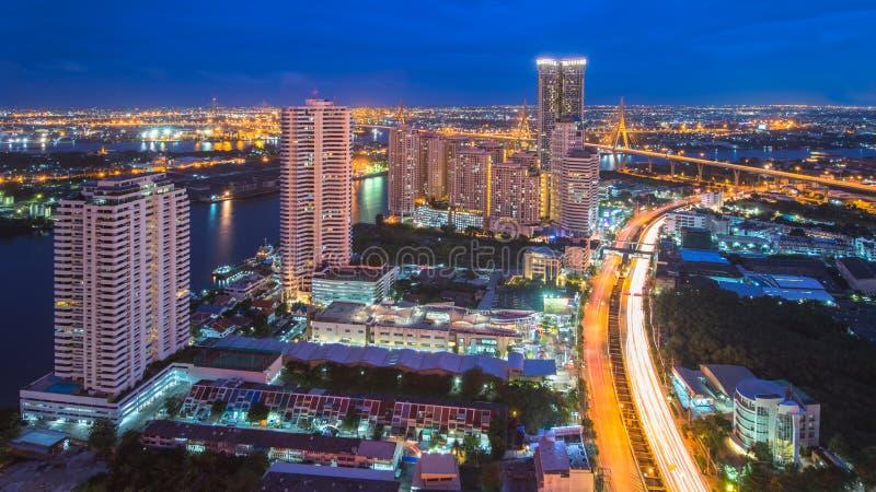 De wolkenkrabber van Bangkok stock foto's