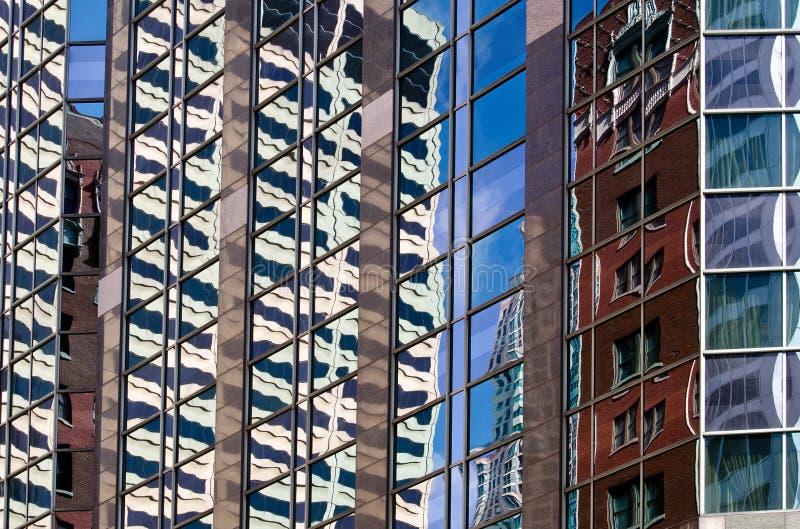De wolkenkrabberbezinning van Chicago royalty-vrije stock foto's