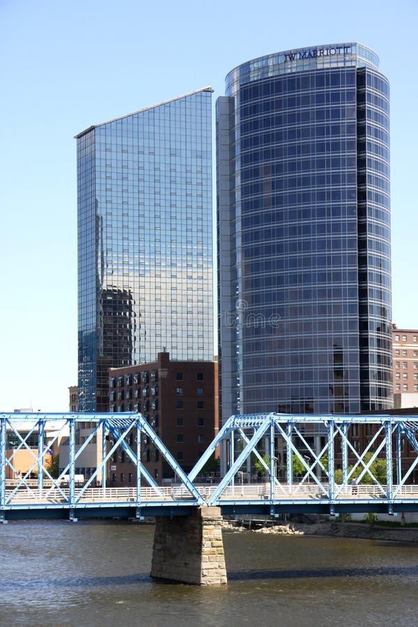 De wolkenkrabbers van Grand Rapids stock foto