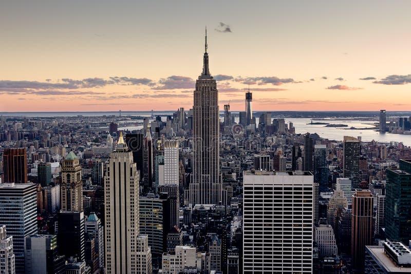 De Wolkenkrabbers van New York stock afbeeldingen