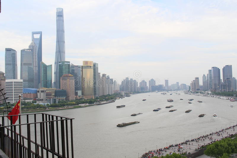De wolkenkrabbers van Shanghai Lujiazui CBD royalty-vrije stock afbeeldingen