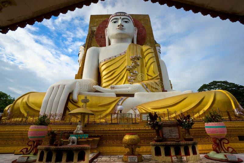 De woordspelingspaya van Kiaik, Bago, Myanmar. royalty-vrije stock foto's