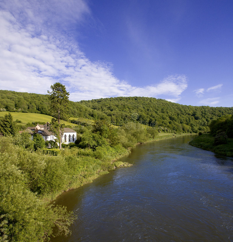 De y van de rivier de yvallei gloucestershire monmouthshire Wales eng royalty-vrije stock fotografie
