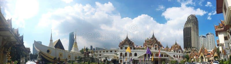 De Yannawatempel is een oude Boeddhistische die tempel, in het Sathon-district van Bangkok, Thailand wordt gevestigd stock foto's