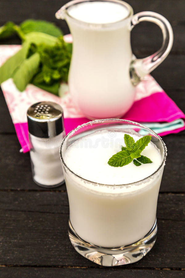 De yoghurt van Ayran royalty-vrije stock foto's