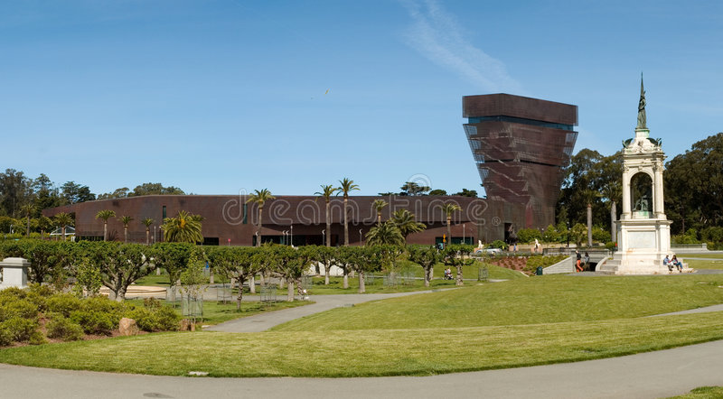 De Young Museum and monument royalty free stock image