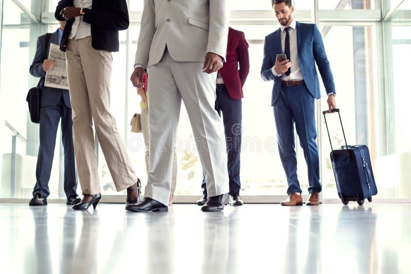 De zakenlieden reizen royalty-vrije stock afbeelding