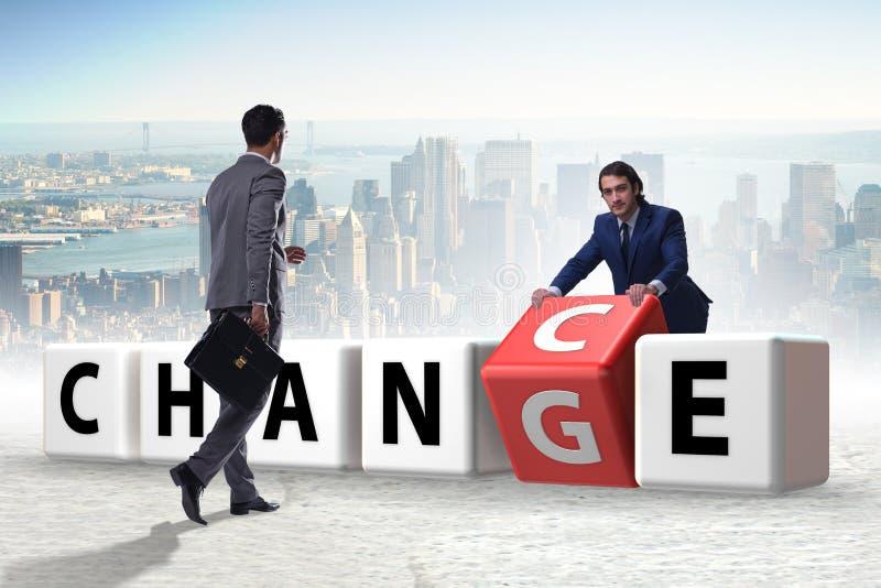 De zakenman die kans voor verandering nemen stock afbeelding