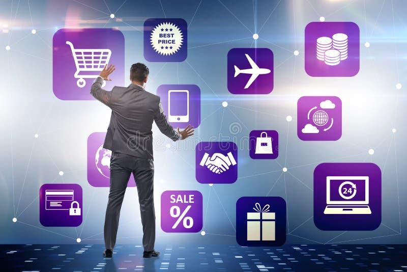 De zakenman in online handel en het winkelen concept royalty-vrije stock foto