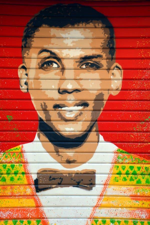 De zanger Stromae van de straatkunst belge stock foto's