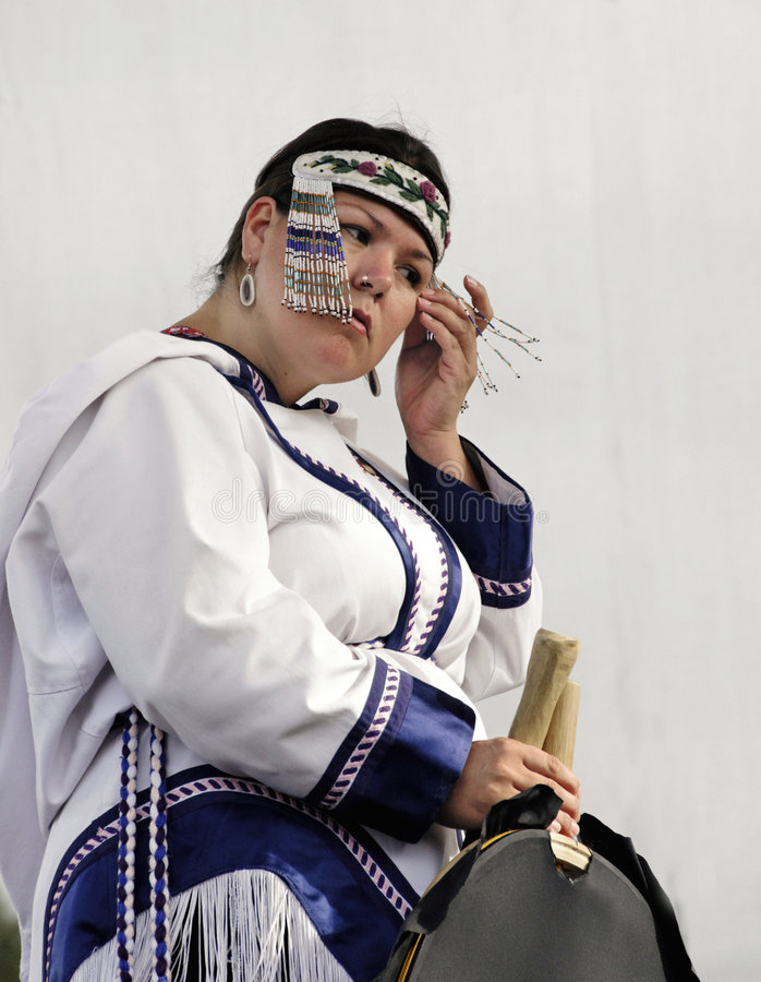 De Zanger van de Keel van Inuit royalty-vrije stock afbeelding
