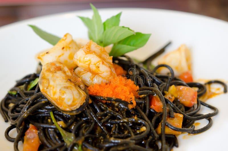 Download De Zeevruchten Van De Spaghetti Stock Foto - Afbeelding bestaande uit deegwaren, plaat: 29513116
