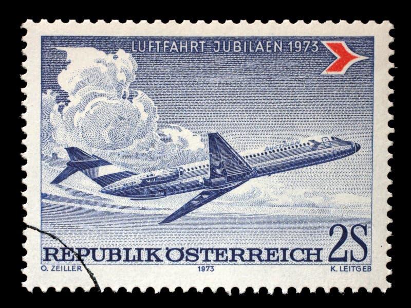De zegel door Oostenrijk wordt gedrukt, toont Douglas gelijkstroom-9 die royalty-vrije stock afbeelding