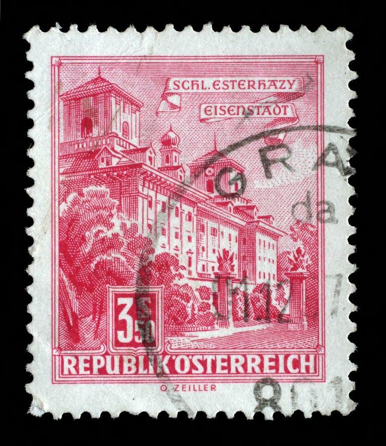 De zegel in Oostenrijk wordt gedrukt toont Esterhazy-Paleis, Eisenstadt die stock afbeelding