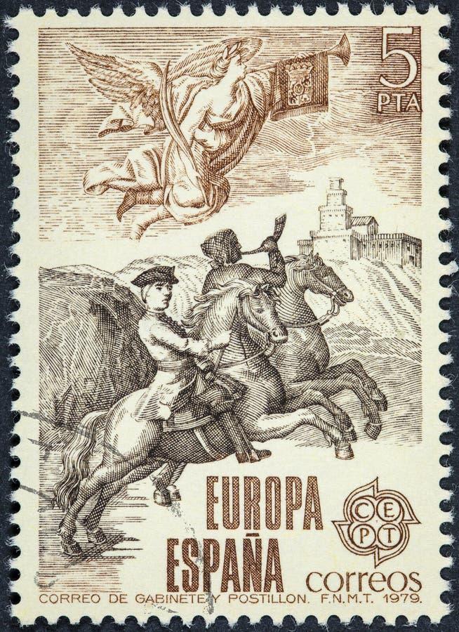 De zegel in Spanje wordt gedrukt toont Kabinetspost die en postillon royalty-vrije stock afbeelding