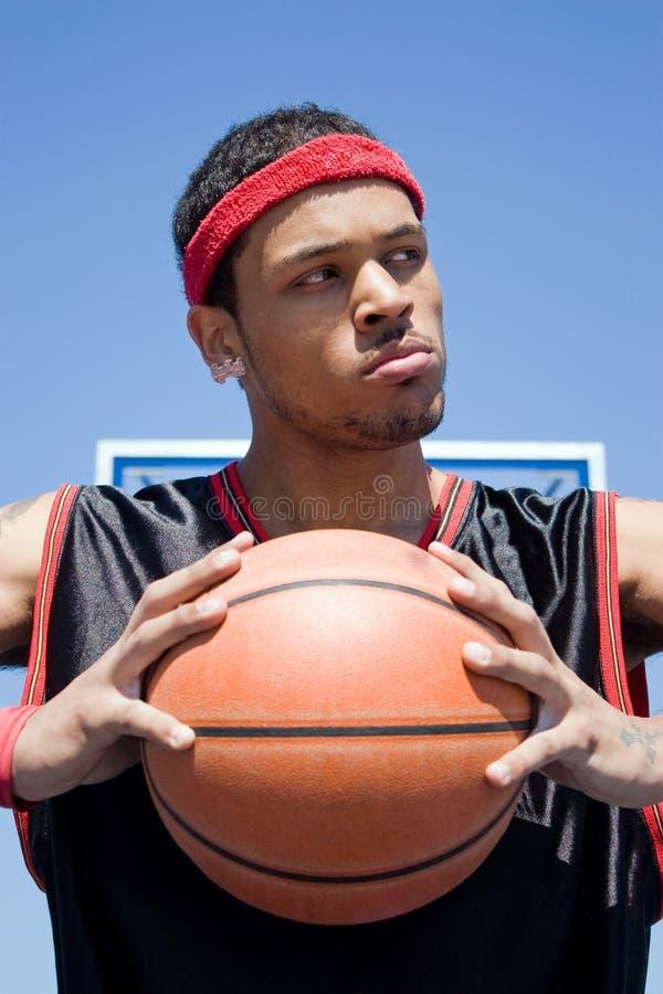 De zekere Speler van het Basketbal stock afbeeldingen