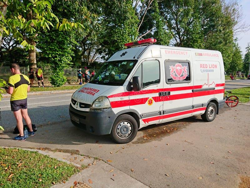 De Ziekenwagenbestelwagen van hulpdienstsingapore stock afbeeldingen