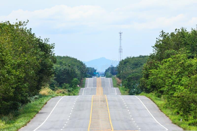 De zijweg van het land stock afbeeldingen