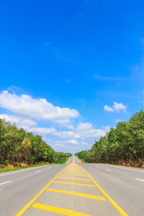 De zijweg van het land royalty-vrije stock afbeeldingen