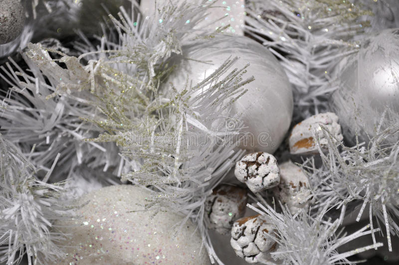De zilveren achtergrond van de Kerstmisboom stock fotografie