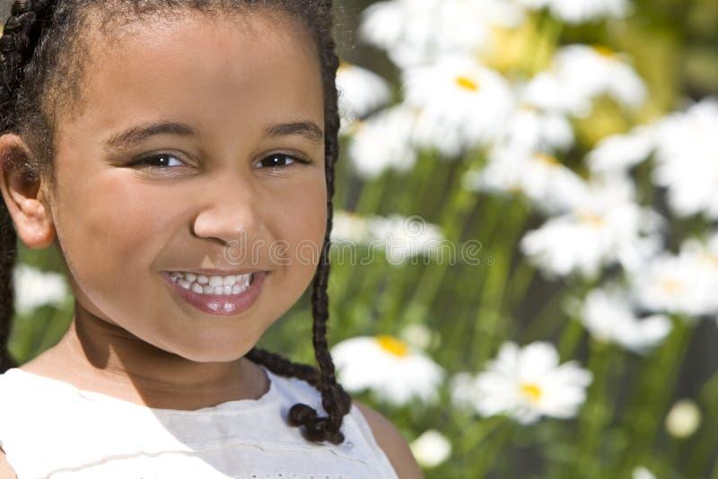 De zoete Glimlachen van de Zomer stock afbeeldingen