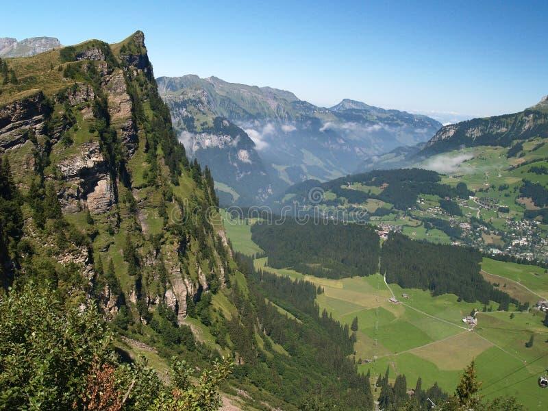 De zomer in alpen #2 royalty-vrije stock afbeeldingen