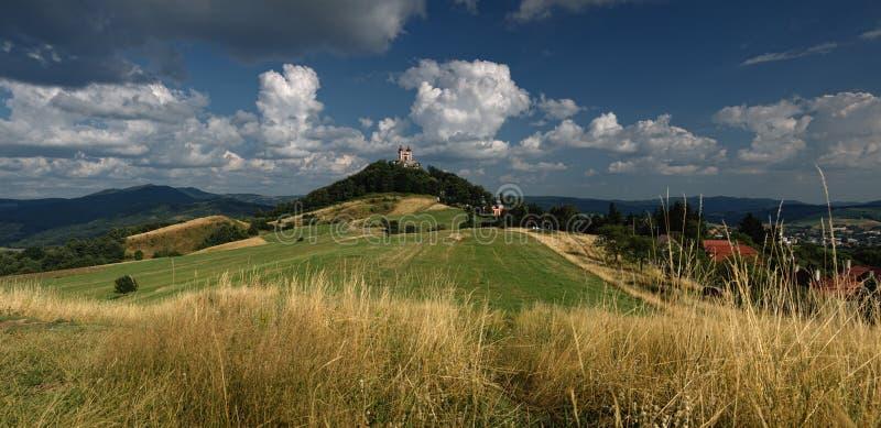 De zomer Calvary in Banska Stiavnica, Slowakije royalty-vrije stock foto's