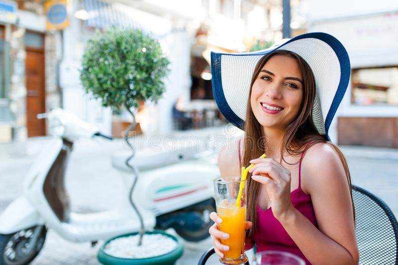 De zomer mediterrane vibe royalty-vrije stock fotografie