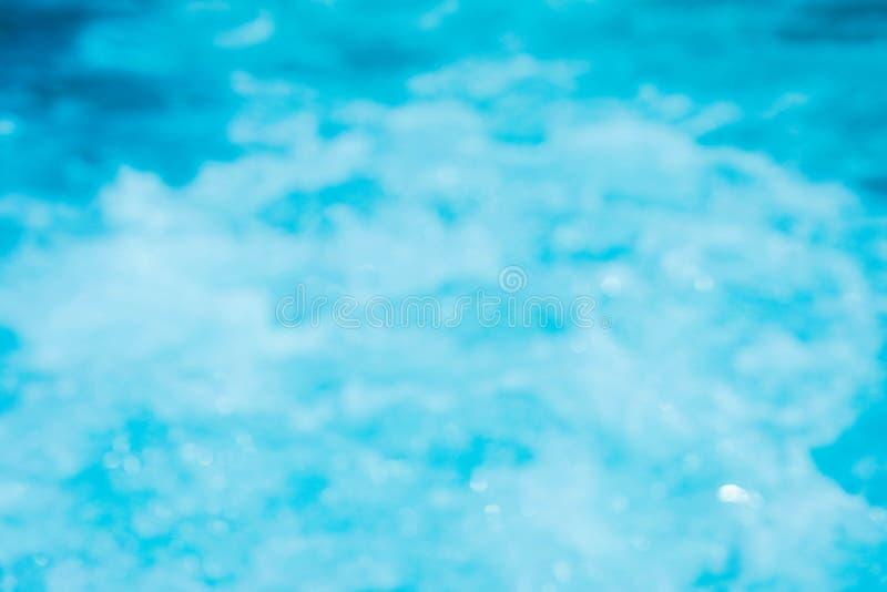 De zomer van het onduidelijk beeld mooi strand onduidelijk beeld als achtergrond stock fotografie