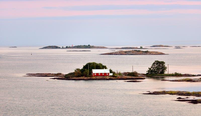 De zomeravond op Aland-Eilanden finland royalty-vrije stock fotografie