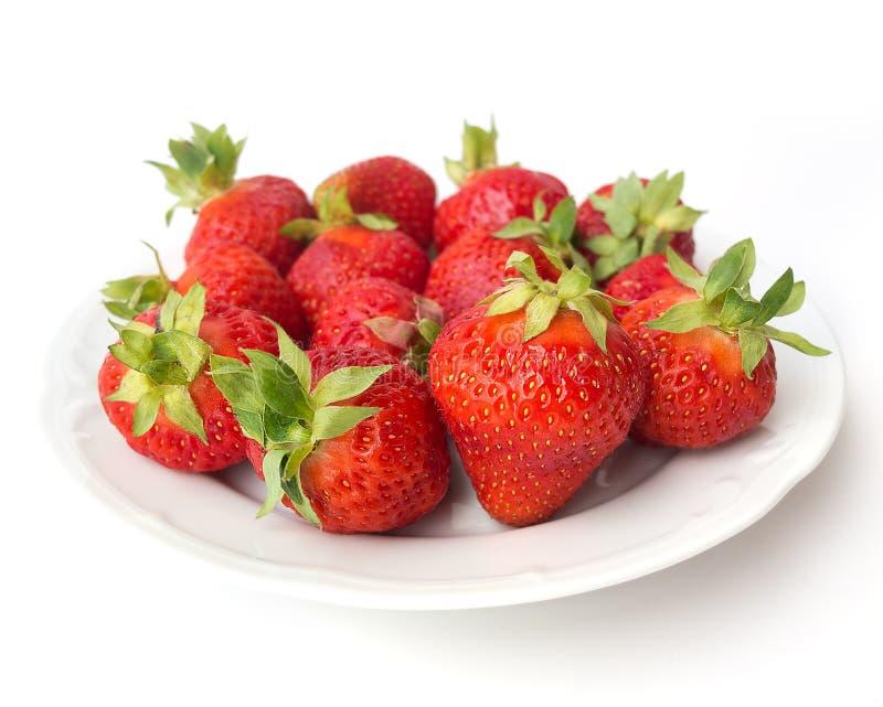 De zomerdessert - aardbeien royalty-vrije stock afbeelding