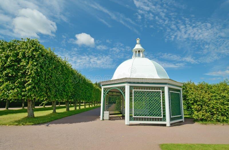De zomerhuis voor rust royalty-vrije stock afbeelding