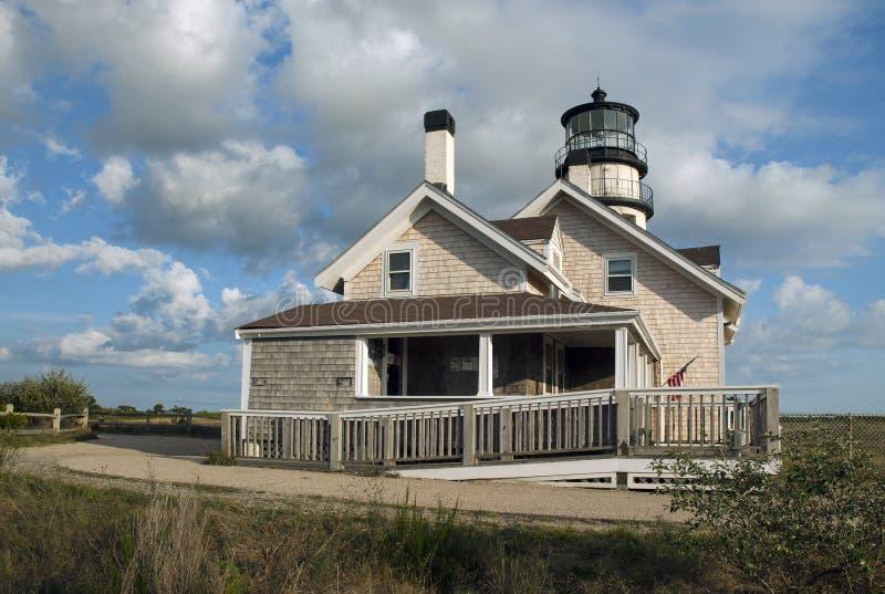De zomerreizen bij Cape Cod-Vuurtoren en Bewaarders de Bouw worden aangeboden die royalty-vrije stock fotografie