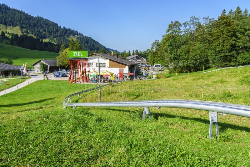 De zomertoboggan in Zwitserland royalty-vrije stock afbeelding