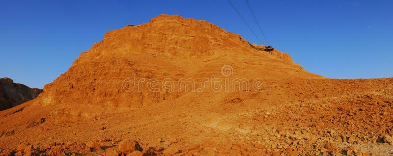 De zon neemt op Masada toe royalty-vrije stock fotografie