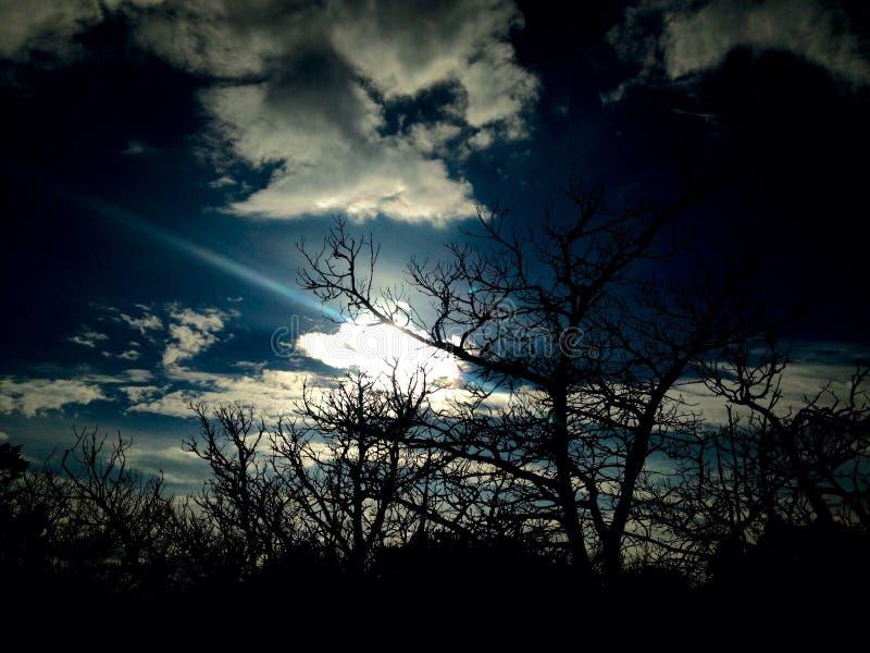 De zon van het heuvelland royalty-vrije stock afbeeldingen