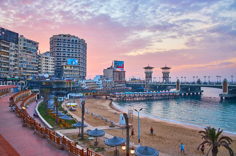 De zonsondergang in Alexandrië stock foto