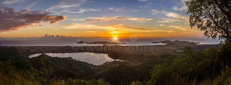 De zonsondergang op Bemoeiziek is royalty-vrije stock afbeeldingen