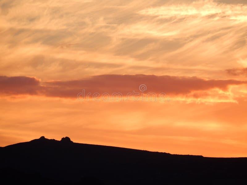 De zonsondergang over legt vast royalty-vrije stock afbeeldingen