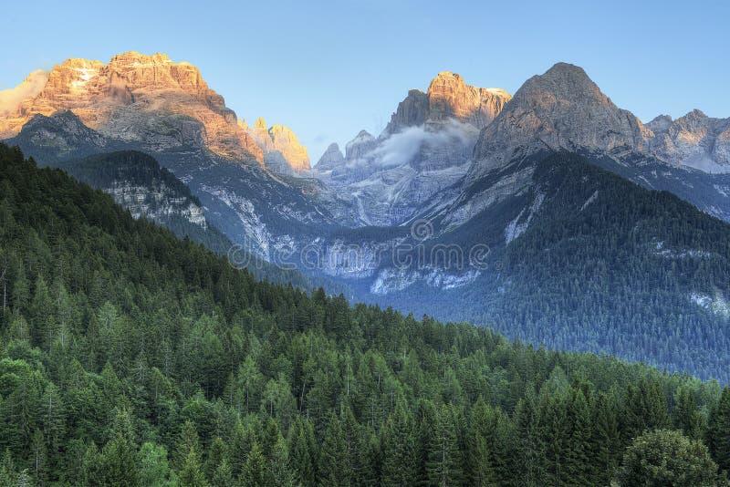 De Zonsondergang van de dolomietberg royalty-vrije stock afbeeldingen