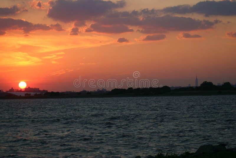 De Zonsondergang van de horizon stock fotografie