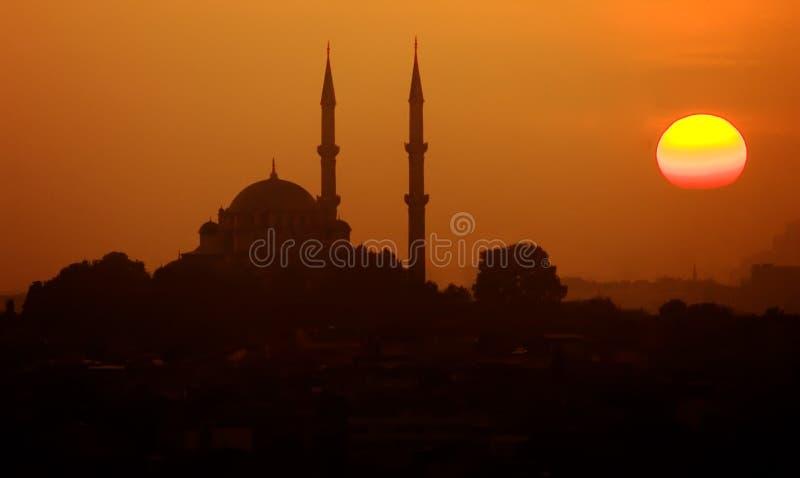 De Zonsondergang van de moskee stock foto