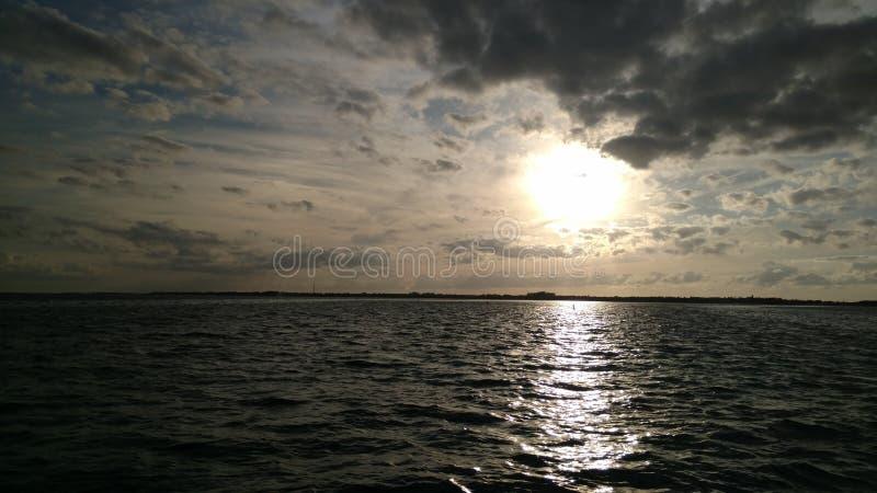 De Zonsondergang van de Sleutels van Florida stock afbeeldingen