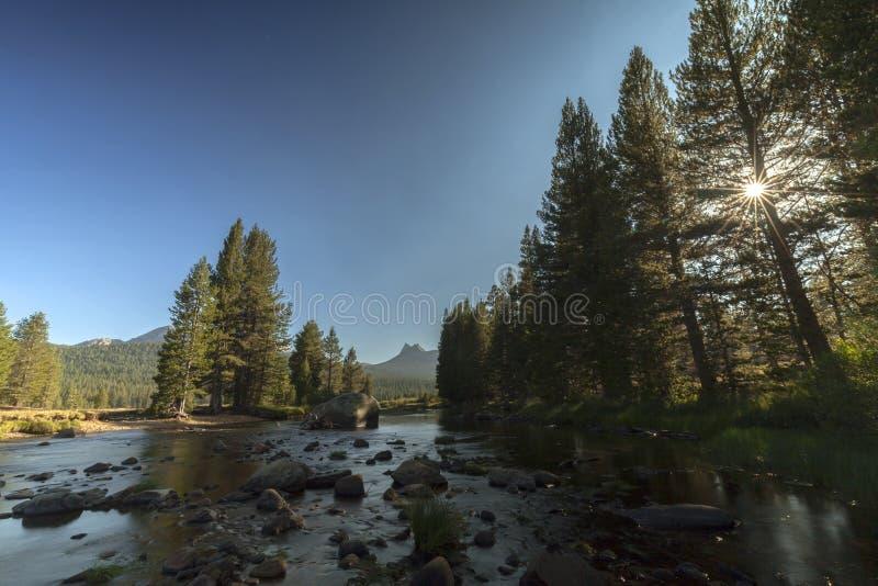 De Zonsondergang van de Yosemiteweide royalty-vrije stock afbeeldingen
