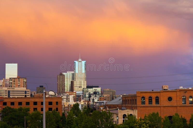 De Zonsondergang van Denver Colorado royalty-vrije stock afbeeldingen